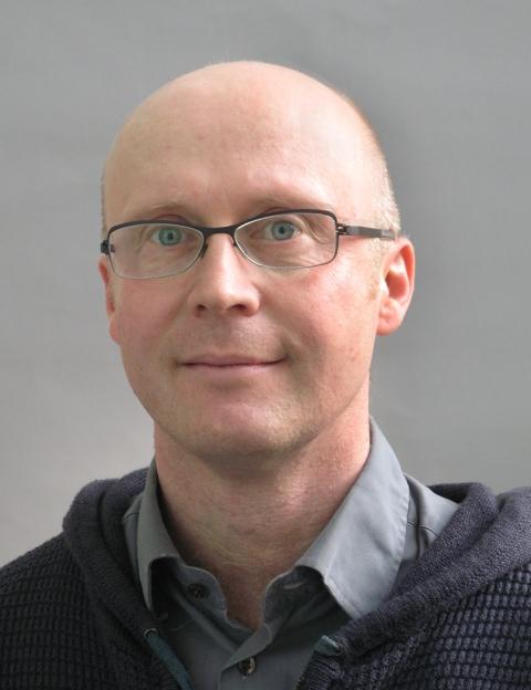 Lars KjerulfPetersen