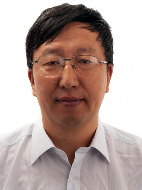 Zheshen Li