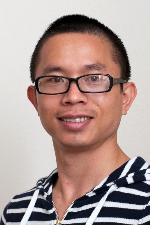 Yonglun Luo