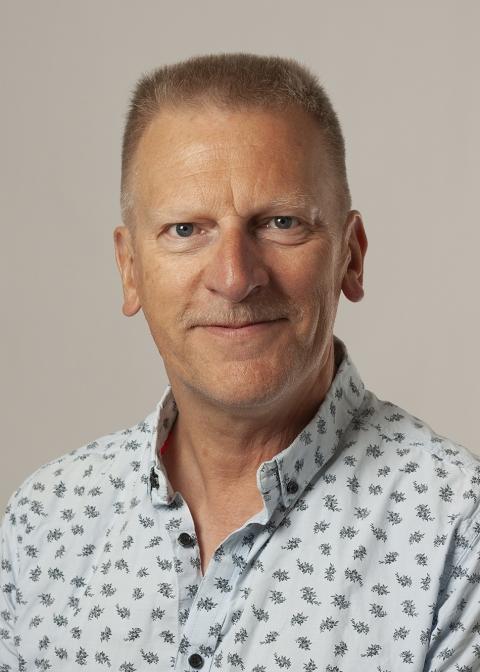 Knud Erik Larsen