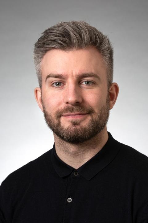 Mikkel Holt